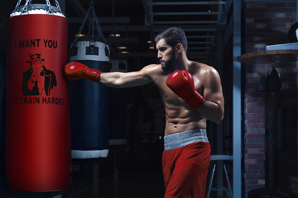 A quick basic boxing tips for training with boxing bag protector Bearskin